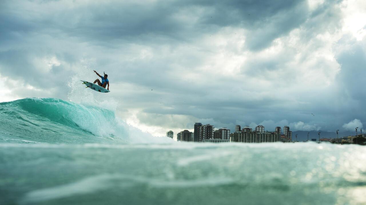 Silvana Lima Surfer Bio | Age, Height, Videos & Results